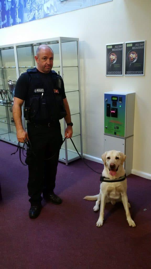 wollaston-drugs-dog-visit-231116